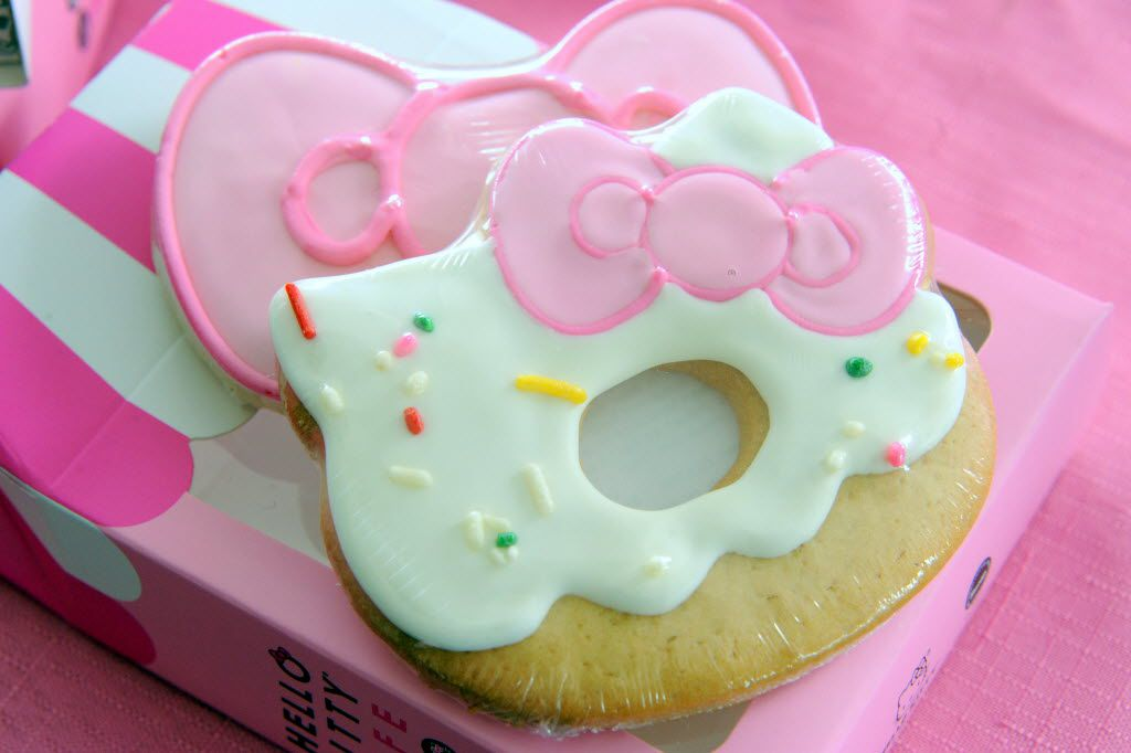 Fans can purchase a box of three iced cookies at the Hello Kitty Cafe Truck at The Shops at Willow Bend in Plano, TX on March 12, 2016. (Alexandra Olivia/ Special Contributor)