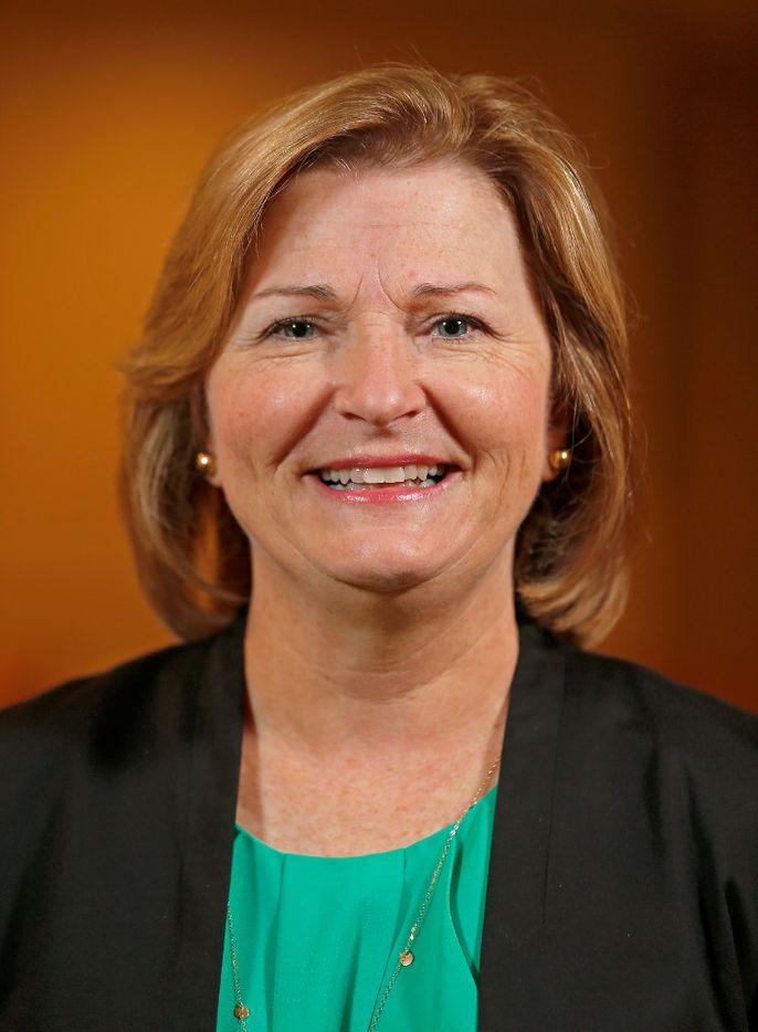 Lesa Roe had a 32-year career at NASA.