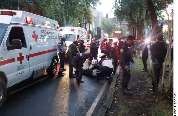 Por reporte de disparos, se registró una amplia movilización policiaca la mañana del viernes en Paseo de la Reforma y Prado Norte, en Lomas de Chapultepec.
