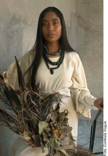 Karen Vega, primera modelo oaxaqueña en Vogue