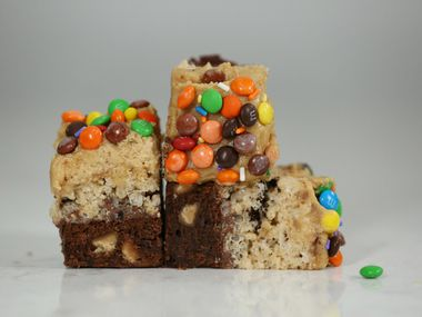 Ava Bell Reynolds won first place in the Kids' Choice category for her A Few of My Favorite Things Bars.