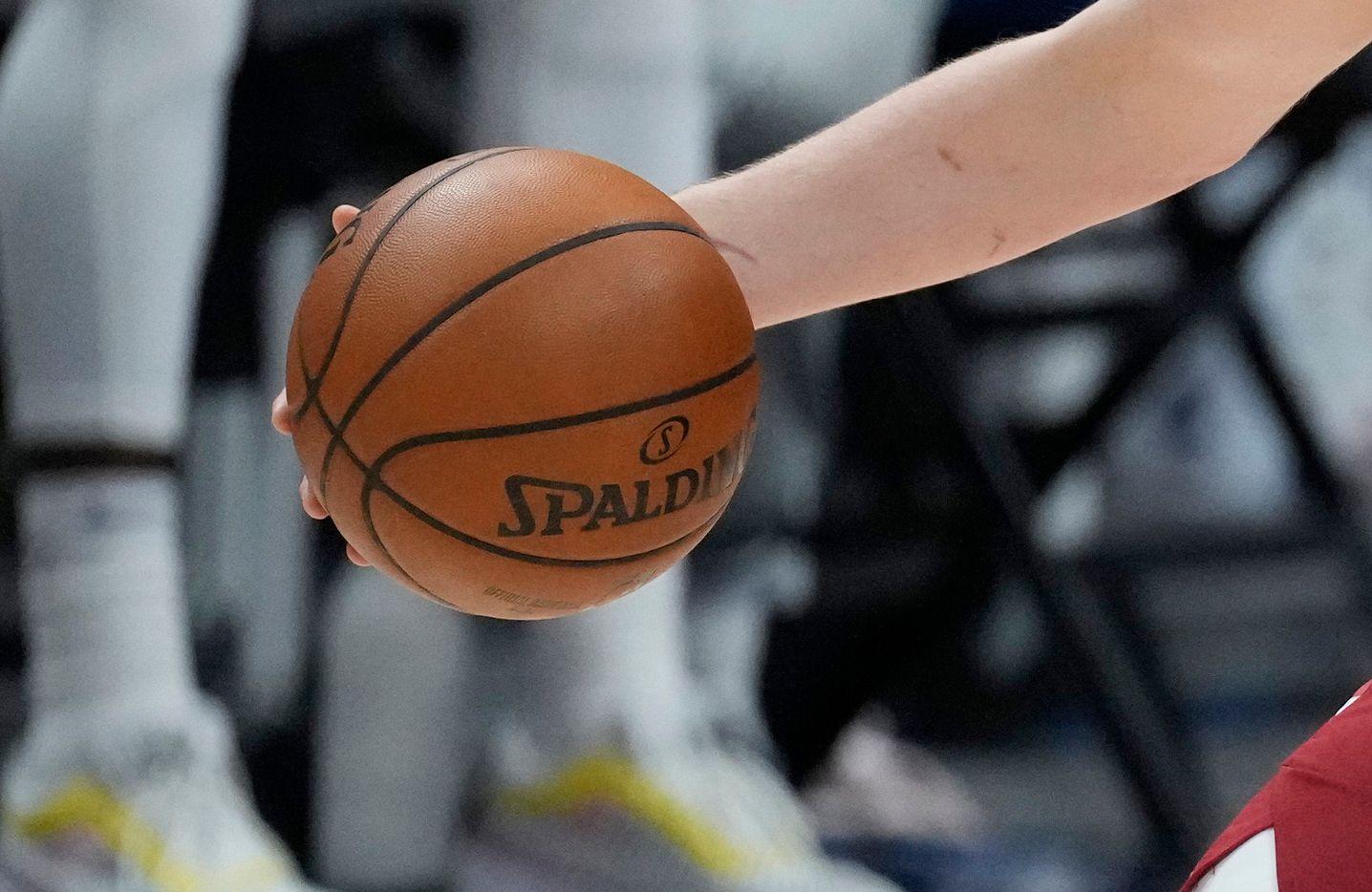Un acto discriminatorio se suscitó en un juego de baloncesto de preparatoria.