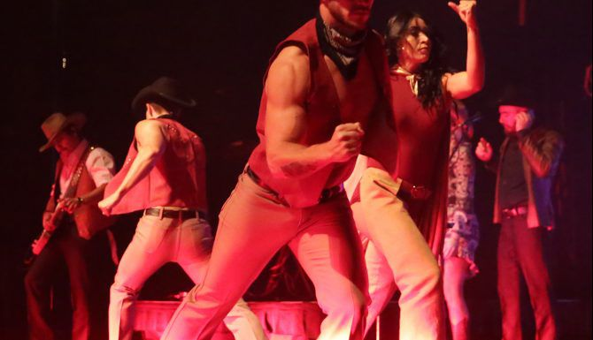 Yuridia en el Majestic Theatre en Dallas. /FOTO ESPECIAL PARA AL DIA OMAR VEGA.