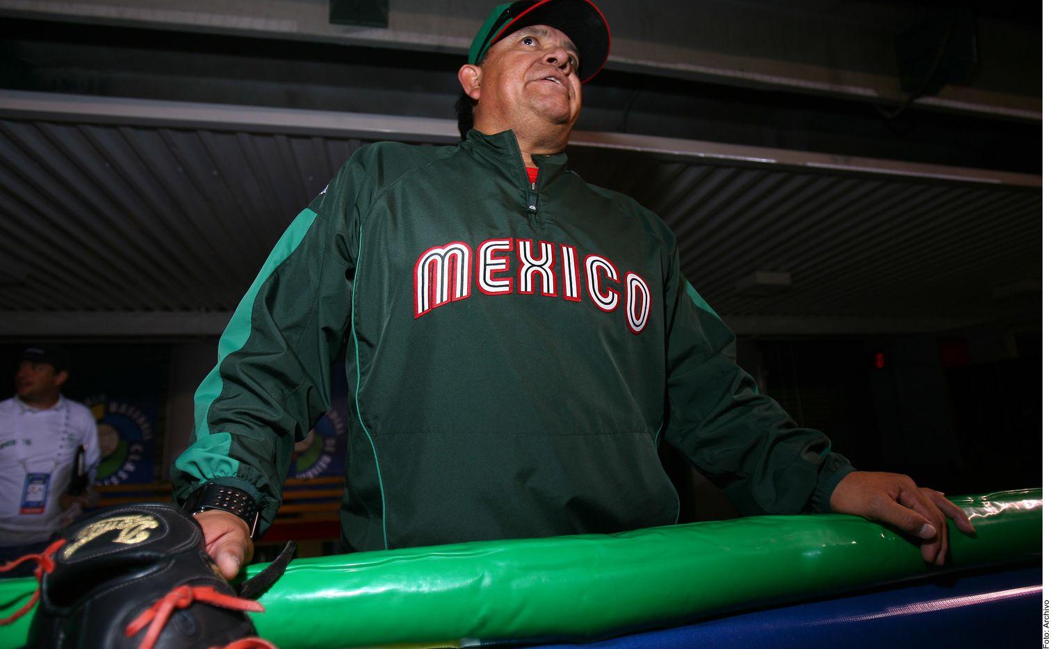 """Fernando """"El Toro"""" Valenzuela destacó la labor de Julio Urías con los Dodgers."""