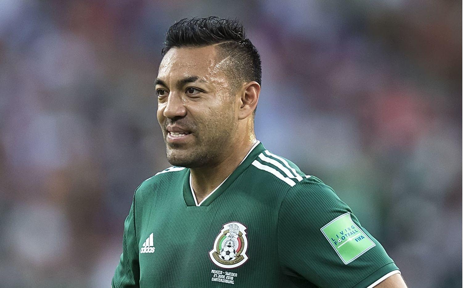 El mediocampista mexicano Marco Fabián publicó en Instagram que contrajo covid-19.