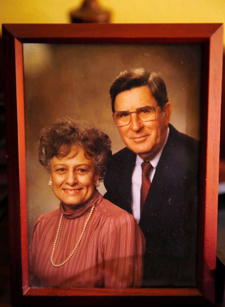 A portrait photo of Catherine and Chester Hollingsworth sits in his bedroom at his home in Colleyville.
