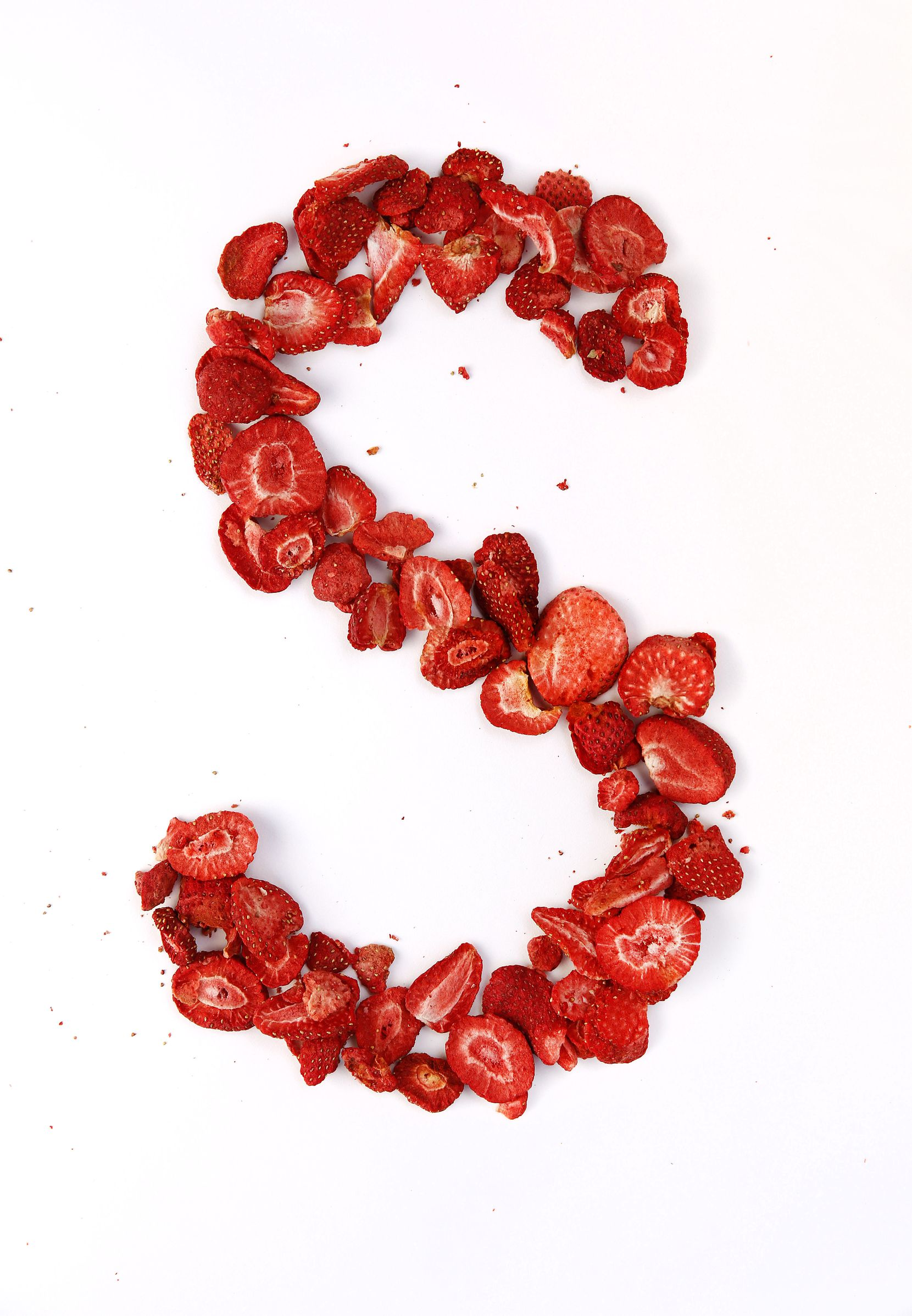 Oven dried strawberry chips