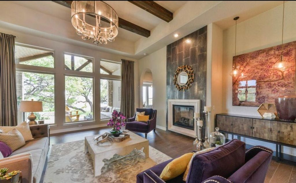 A look at the Luxurious Home in Bulverde listing on VRBO.