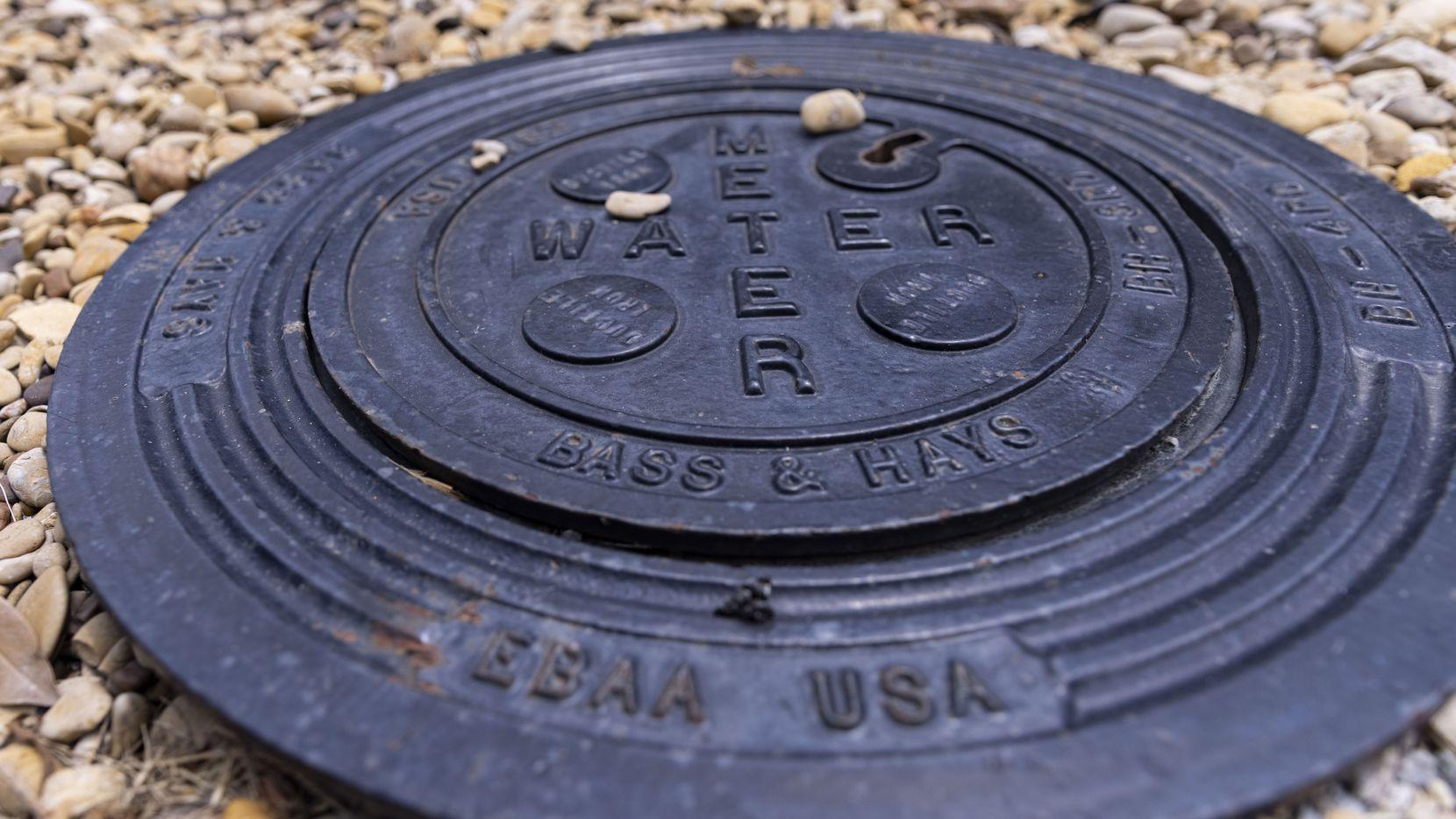 Aunque el proveedor de agua potable de la ciudad, Dallas Water Utilities, aún no tiene planes de desconectar a los que no paguen, existen distintas alternativas para saldar una cuenta pendiente.