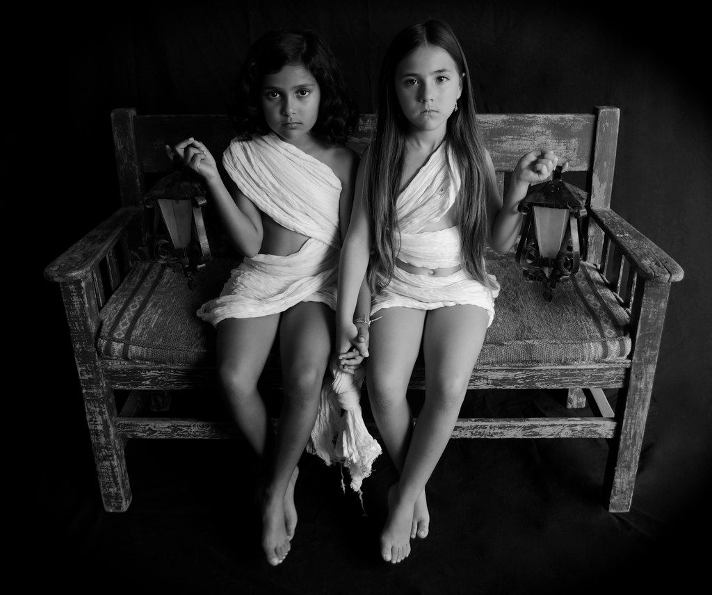 Leticia Alaniz' Dos Ni As (Two Girls), a 2019 silver gelatin print on museum-quality paper, is displayed at the exhibition.