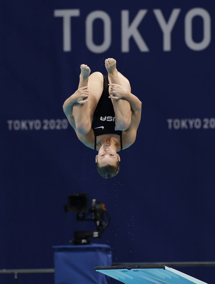 USA's Hailey Hernandez dives in round 1 of 5 in the women's 3 meter springboard semifinal competition during the postponed 2020 Tokyo Olympics at Tokyo Aquatics Centre, on Saturday, July 31, 2021, in Tokyo, Japan. (Vernon Bryant/The Dallas Morning News)