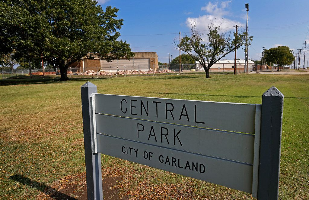 Garland's Parks and Recreation plans to incorporate the six-acre old Texas Air National Guard armory in the background into Central Park.