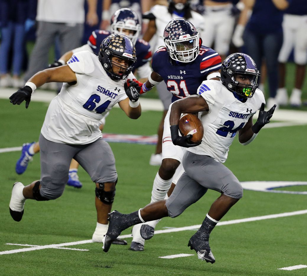 Mansfield Summit's Keon Hobbs (24) breaks loose for a touchdown during the first half of the Class 5A Division I state semifinal football playoff game between against Denton Ryan at AT&T Stadium in Arlington on Friday, January 8, 2021. (John F. Rhodes / Special Contributor)