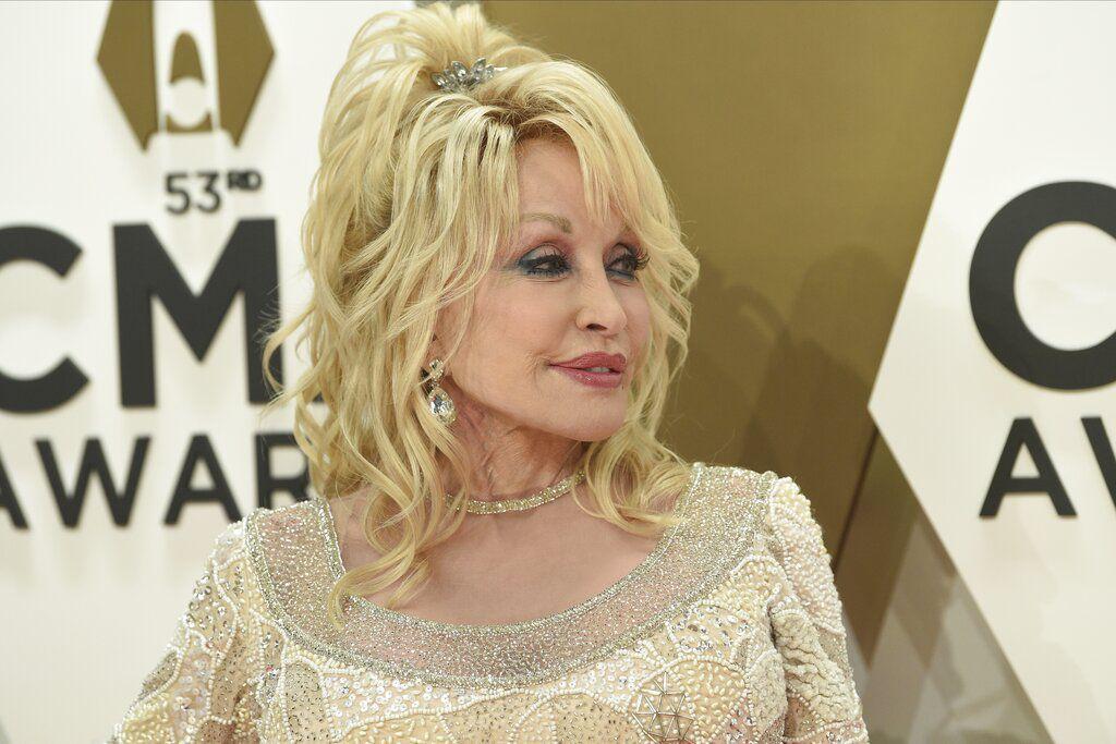 En una entrevista con 60 minutes en Australia, Dolly Parton dijo que le gustaría volver a posar para Playboy.