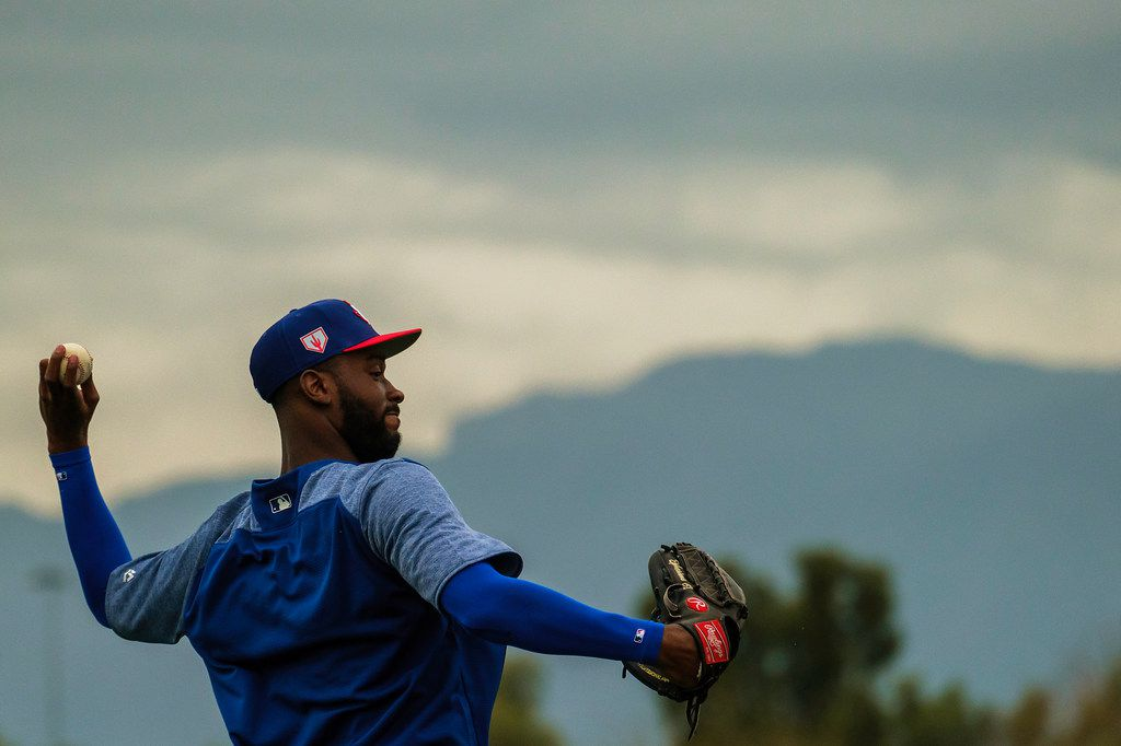 Texas Rangers pitcher Taylor Hearn throws long toss during a spring training workout at the team's training facility on Thursday, Feb. 14, 2019, in Surprise, Ariz.. (Smiley N. Pool/The Dallas Morning News)