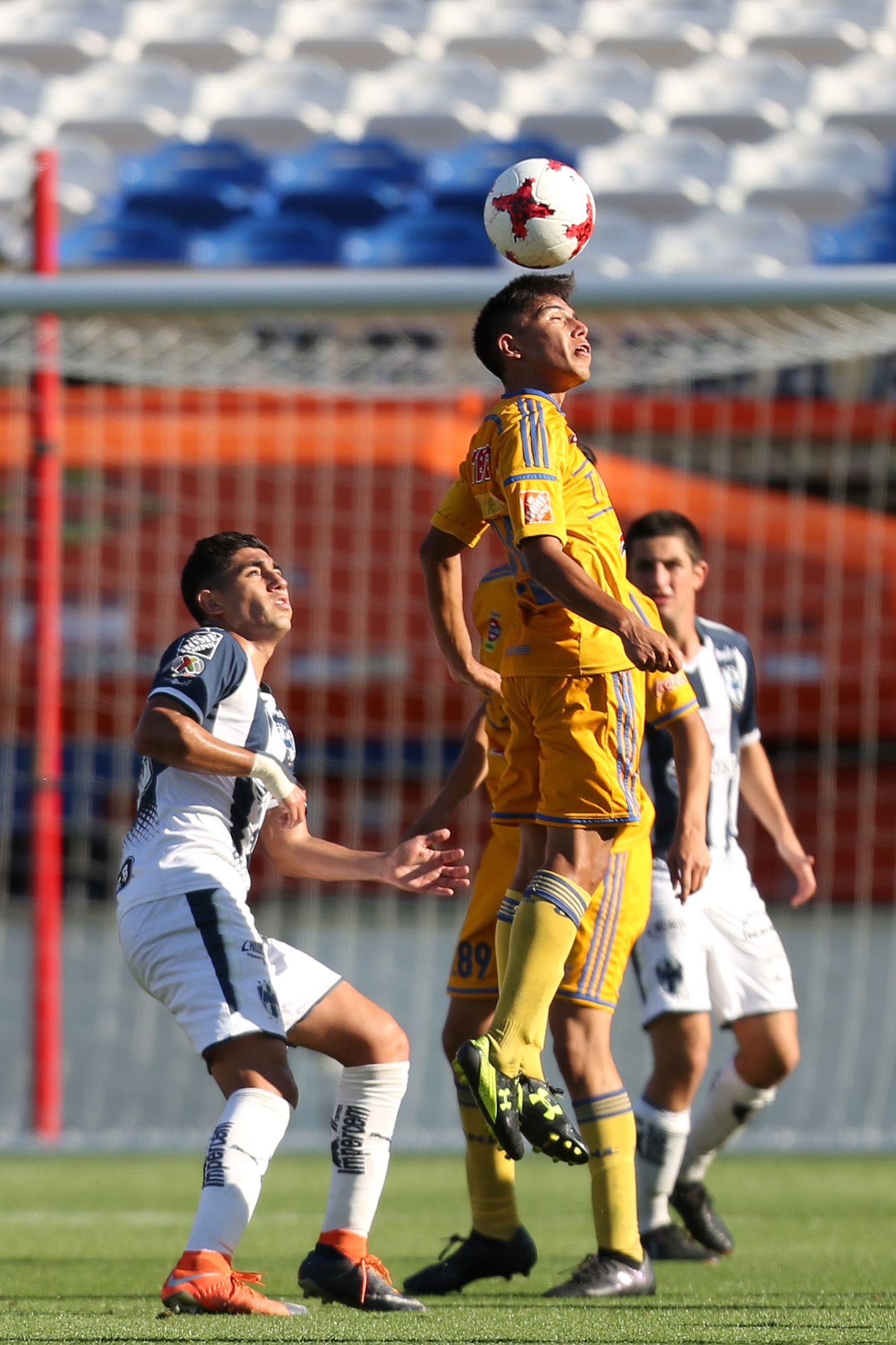 Clásico Regio en las semifinales del Super Group de la Dallas Cup. Foto de Omar Vega para Al Día