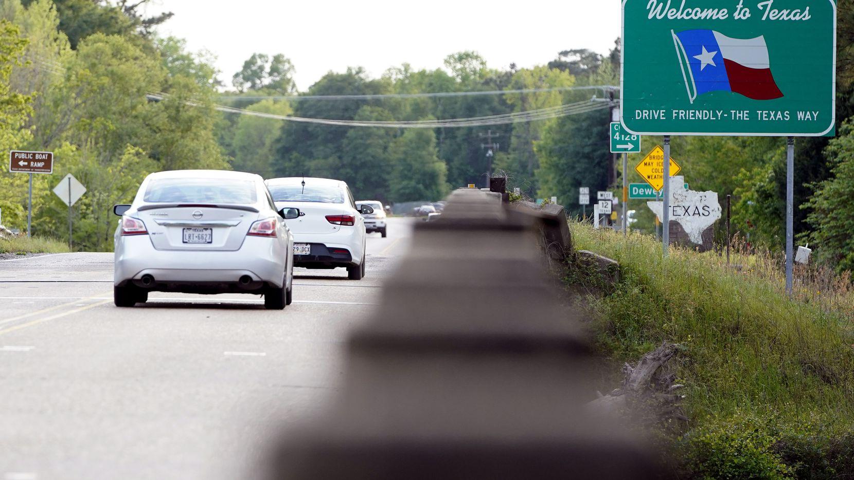 La policía estatal aumentará la vigilancia en las carreteras durante los días festivos del Labor Day, para evitar que haya accidentes y congestionamientos que afecten a los viajeros.