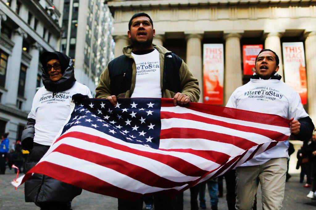Activistas y empresarios llamaron a la gente a contactar a los senadores de Texas, Ted Cruz y John Cornyn, para hacerles saber que les interesa la aprobación de la Dream Act que legalizaría a cientos de miles de jóvenes dreamers.