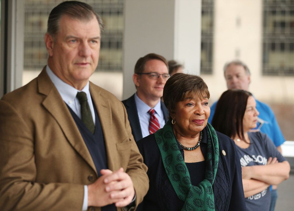 """While North Texas is about to lose a lot of clout in Congress, Dallas Mayor Mike Rawlings said Rep. Eddie Bernice Johnson, D-Dallas, will be a key leader in a Democratic House: """"We've got a Superwoman with Eddie Bernice Johnson."""""""