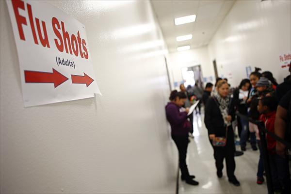 Los Servicios Humanos y de Salud del Condado de Dallas ofrecen varias clínicas con vacunación gratuita contra la gripe