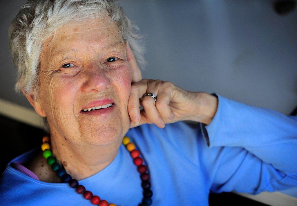 Astronomer Vera Rubin, 82, in her office at Carnegie Institution of Washington in 2010. Washington Post photo by Linda Davidson.