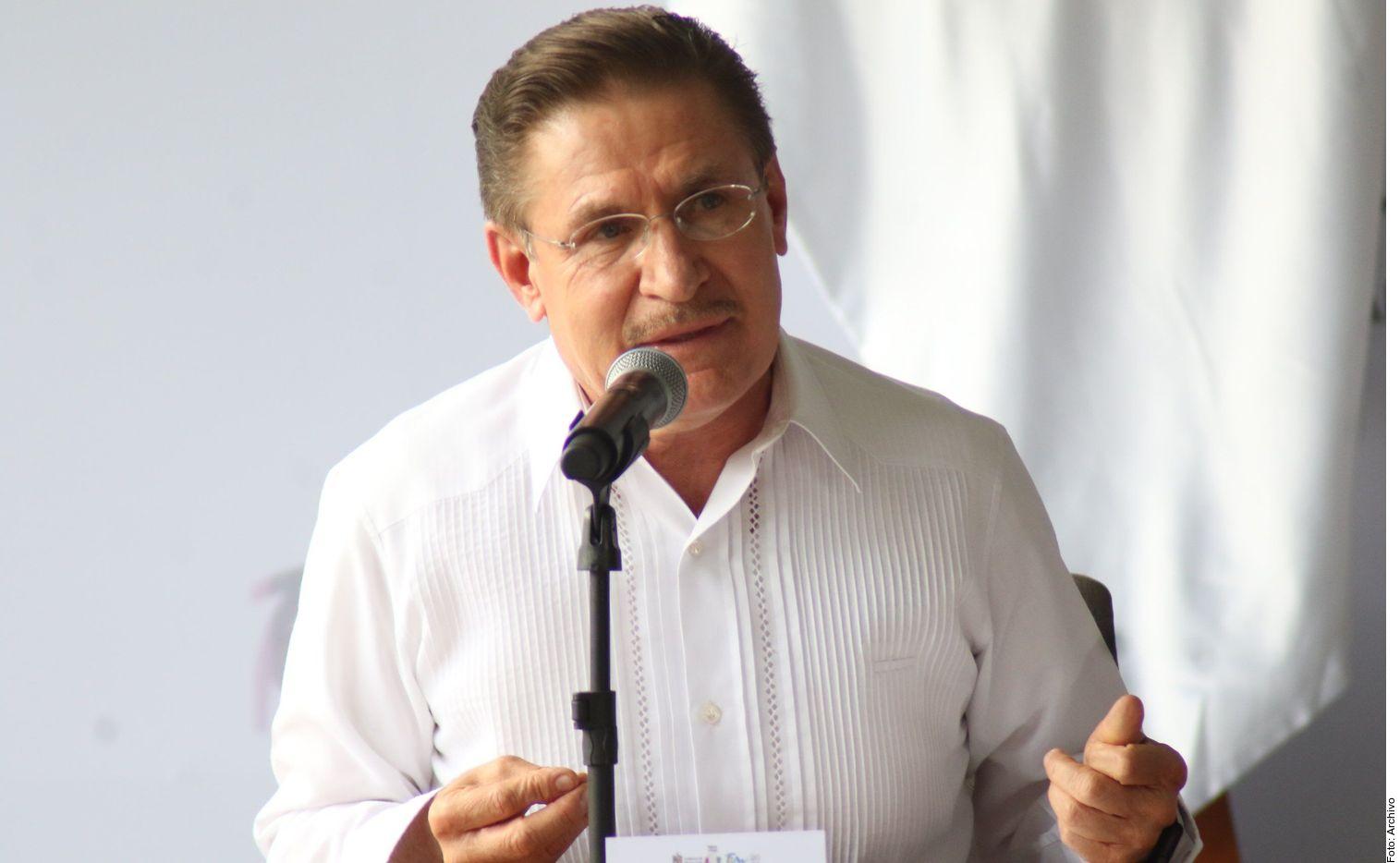 José Rosas Aispuro, gobernador de Durango, tiene coronavirus.