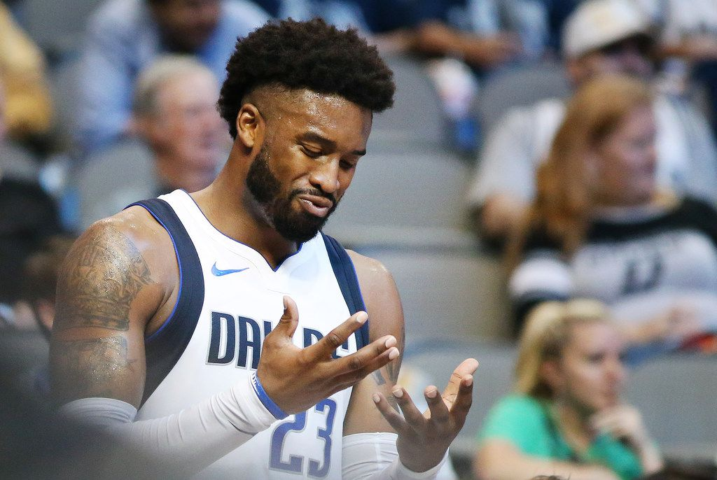 Dallas Mavericks guard Wesley Matthews (23) reacts after being disqualified after his sixth personal foul in the second half of a National Basketball League game between the San Antonio Spurs and the Dallas Mavericks at the American Airlines Center in Dallas Tuesday November 14, 2017. San Antonio Spurs beat the Dallas Mavericks 97-91. (Andy Jacobsohn/The Dallas Morning News)