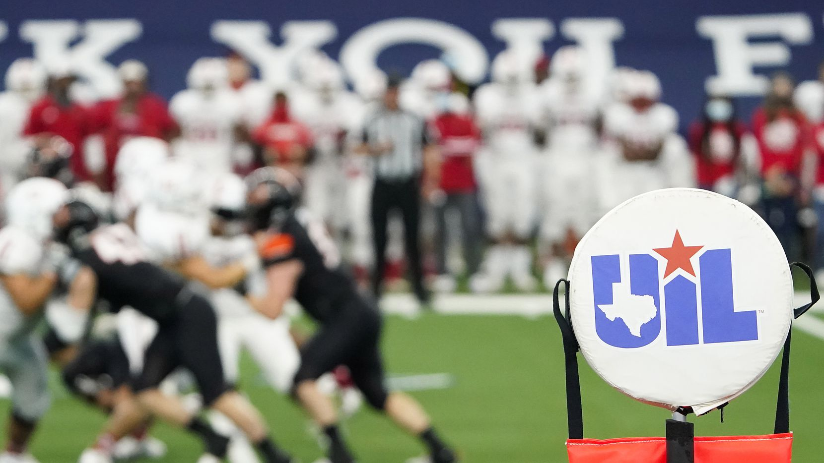 Aledo faces Crosby during the first half of the Class 5A Division II state football championship game at AT&T Stadium on Friday, Jan. 15, 2021, in Arlington.