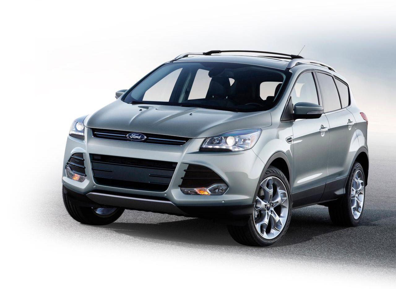 La camioneta Ford Escape de los años 2013 a 2015 está en la lista de reparaciones de Ford. (CORTESÍA/FORD)
