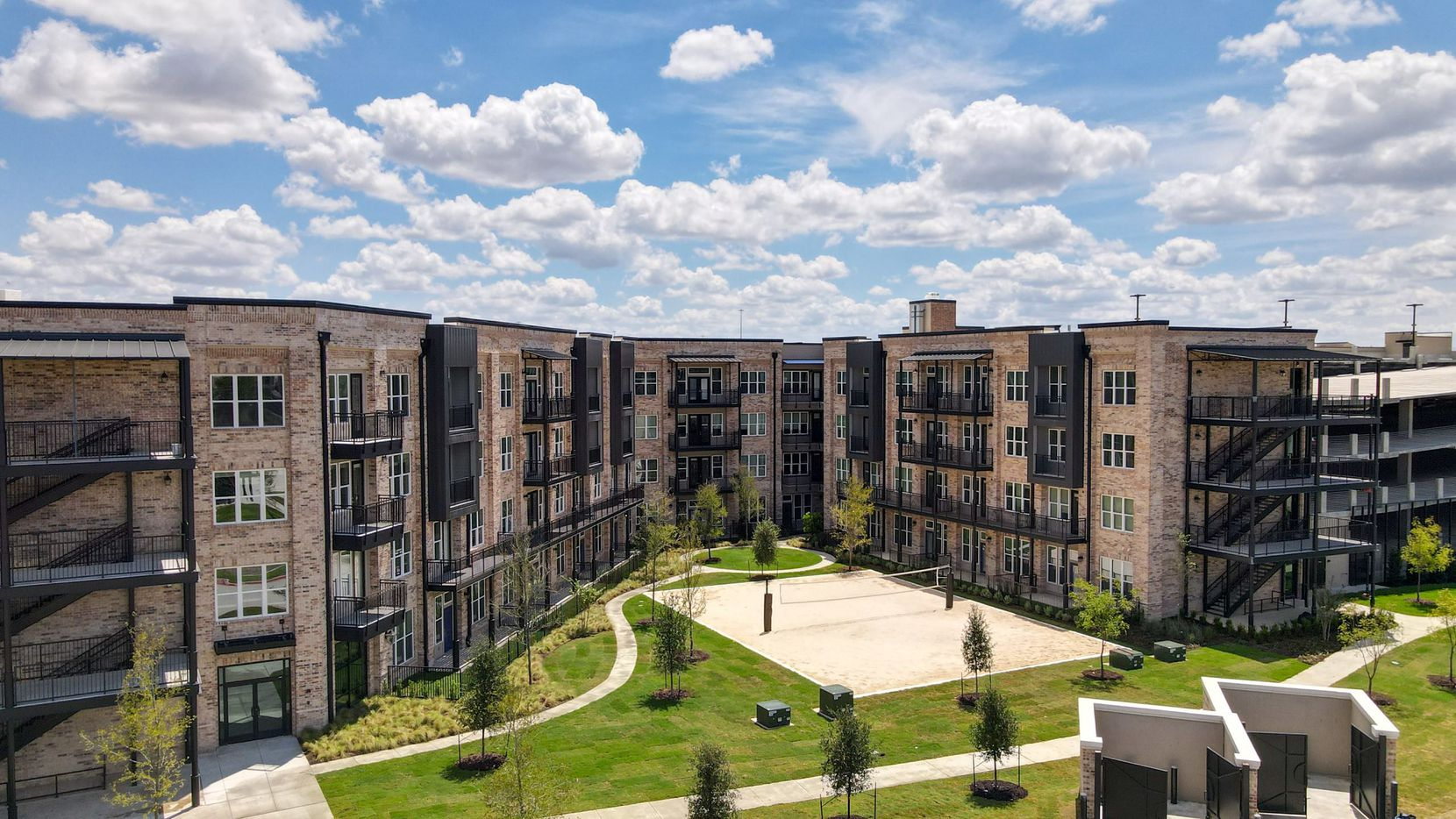 Billingsley Co.'s new Wallis & Baker apartments are off State Highway 121 in Grapevine.