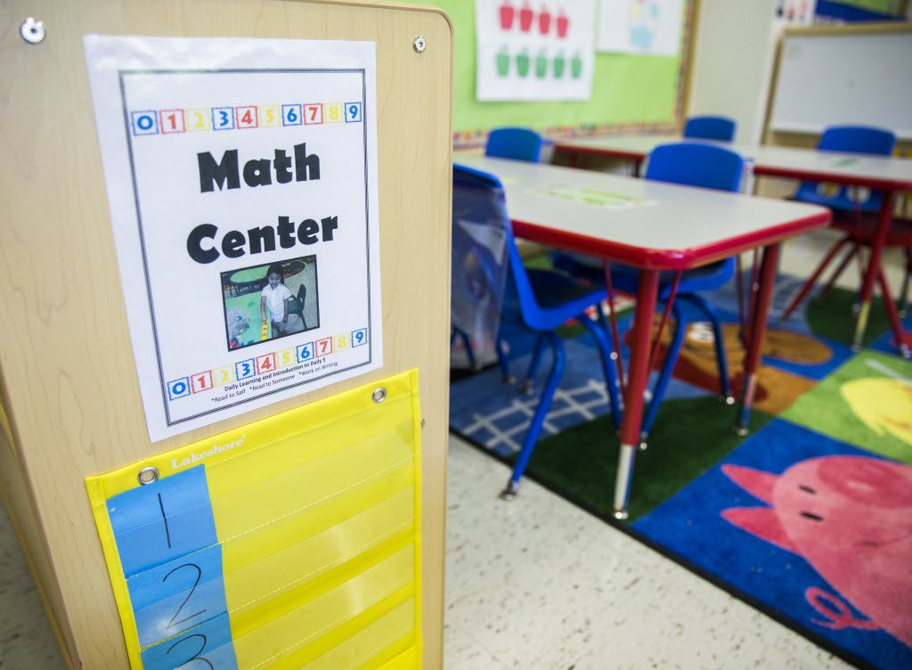 Changes to the Texas' accountability system will make it harder for kids to transfer out of struggling schools. (Ashley Landis/The Dallas Morning News)