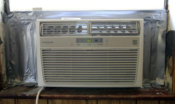 Las personas que lo necesiten pueden conseguir un aire acondicionado gratis por medio de programas del condado, la ciudad y organizaciones locales para combatir el calor.