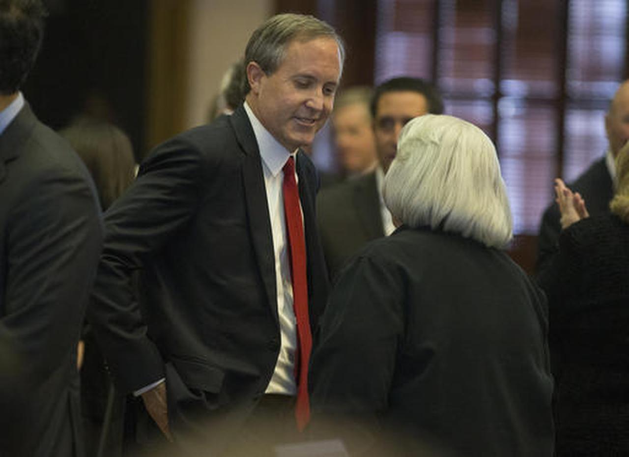 El Procurador General de Texas, Ken Paxton, en la Cámara de Representantes, en Austin, el 31 de enero del 2017. (AP/STEPHEN SPILLMAN)