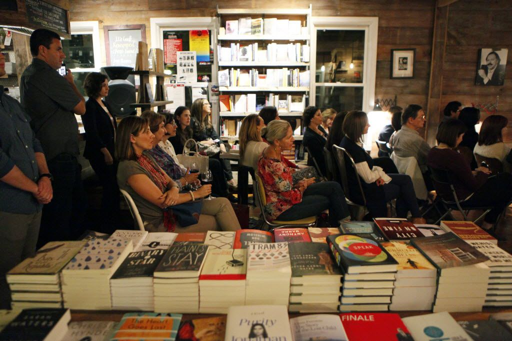 A crowd of mostly Hispanic women listen to Mexican author Sofia Segovia speak about her book El Murmullo de las Abejas during a Spanish reading event, on Wednesday, Oct. 21, 2015 at The Wild Detectives in Dallas. Ben Torres/Special Contributor