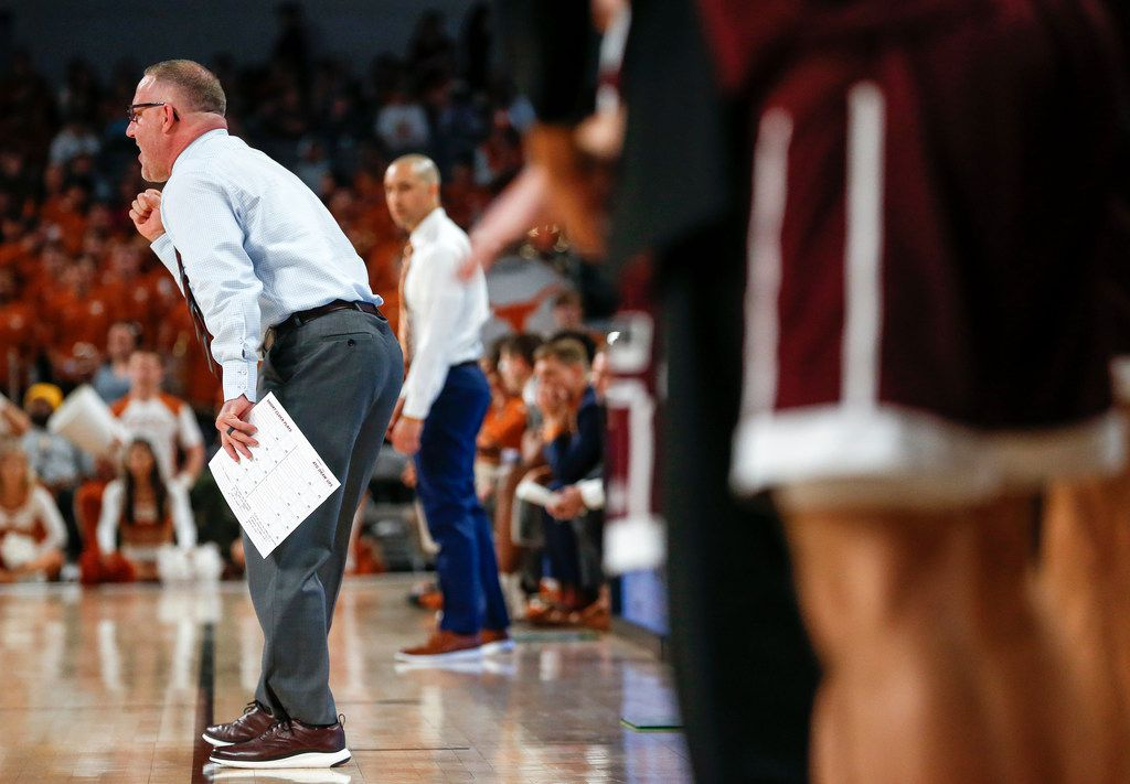 Texas A&M Aggies head coach Buzz Williams calls a play during the second half of a basketball matchup between the Texas Longhorns and Texas A&M Aggies in the Lone Star Showdown on Sunday, Dec. 8, 2019 at Dickies Arena in Fort Worth, Texas. (Ryan Michalesko/The Dallas Morning News)