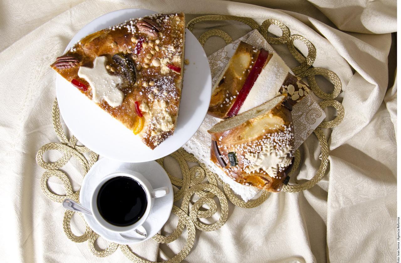 Frutas y otras delicias complementan esta deliciosa rosca(AGENCIA REFORMA)