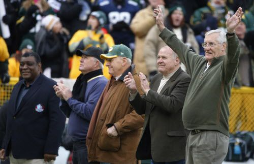 Former Packers Dave Robinson, Donny Anderson, Chuck Mercein, Jerry Kramer and Boyd Dowler, all participants in the first ice bowl, are pictured during the Dallas Cowboys vs. the Green Bay Packers NFL football game at Lambeau Field in Green Bay on Sunday, January 11, 2015.  (Louis DeLuca/The Dallas Morning News)