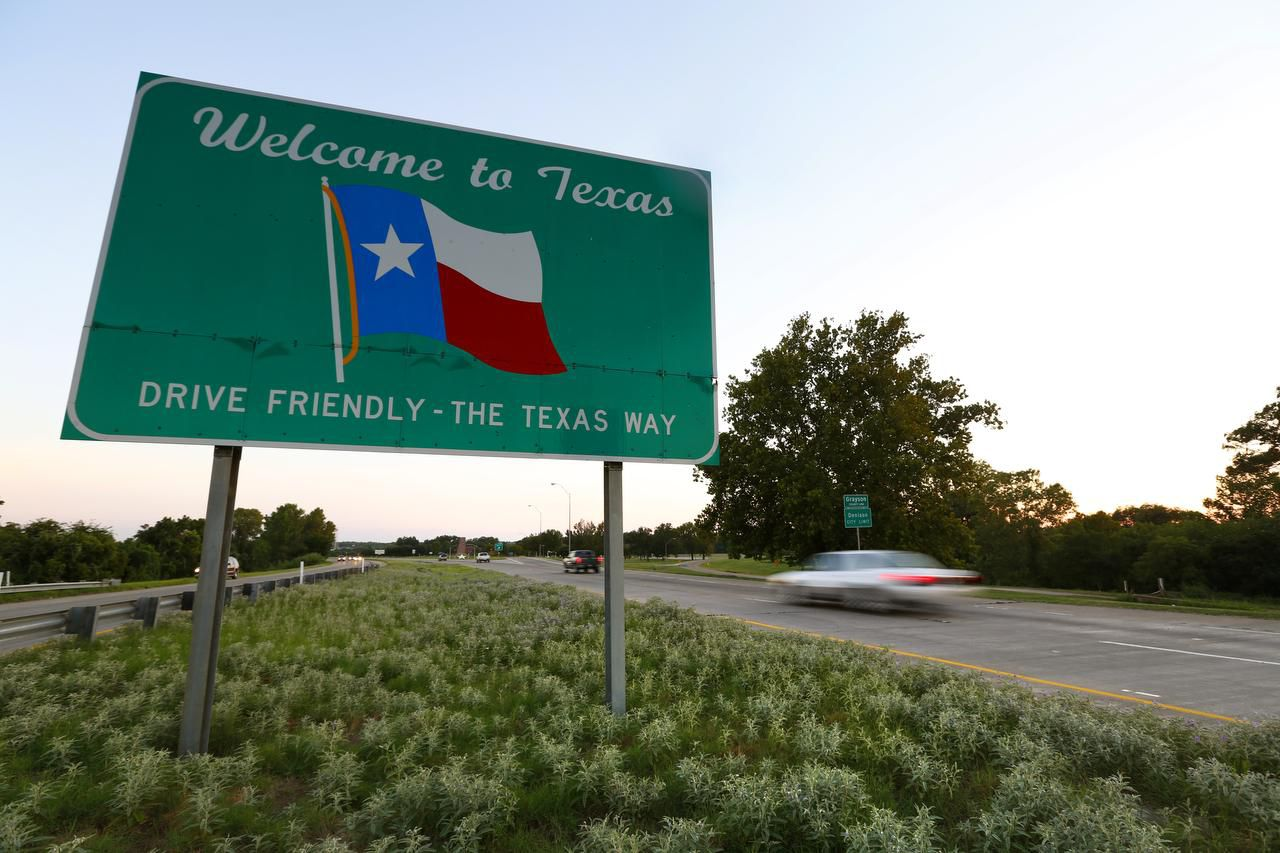 The 'Welcome to Texas' sign greets drivers as they enter the Lone Star State on Hwy 75 near Denison. Census data show that last year, 170,103 more residents moved into Texas from other states than left — averaging out to 466 new Texans each day.
