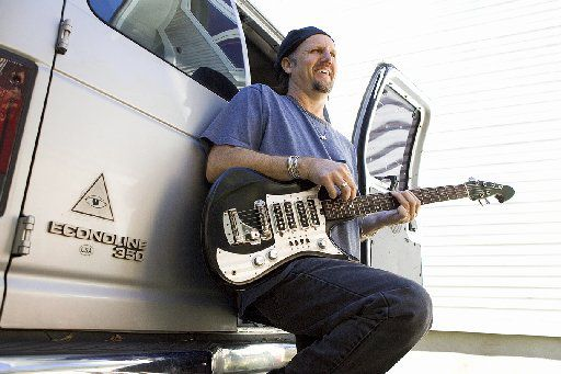 ORG XMIT: *S0412318922* Jimmy LaFave / folk music artist 03252005xGUIDE 05082007xquick 08032007xGUIDEcc 08242008xGUIDELIVE