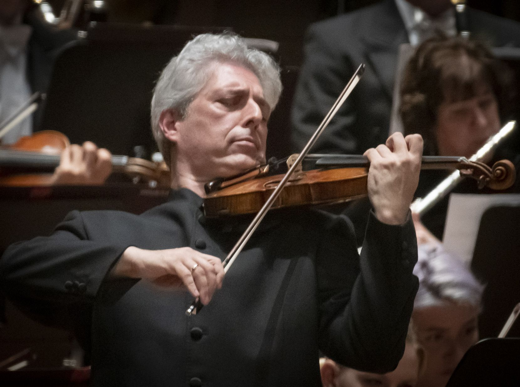 DSO Senior Principal Associate Concertmaster Gary Levinson performs the world premier of George Tsontakis' Violin Concerto No. 3 with guest conductor Robert Spano and the Dallas Symphony Orchestra at the Meyerson Symphony Center in Dallas, Texas on October 25, 2019.