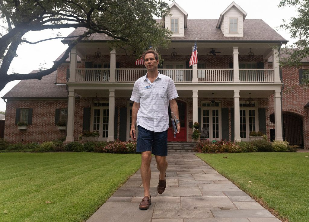 Nathan Johnson canvassed a neighborhood on Monday, Sept. 3, 2018.  He is running against Don Huffines for the Texas Senate in district 16.