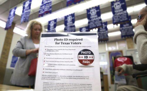 La ley Voter ID y la redistritación electoral han tomado años de litigios. La SB4 podría tener el mismo destino.