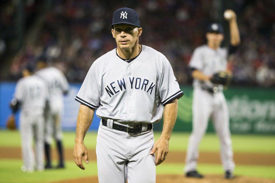 Joe Girardi, quien fue mánager de los Yankees por 10 temporadas, fue entrevistado por los Rangers, según dos fuentes. Foto DMN