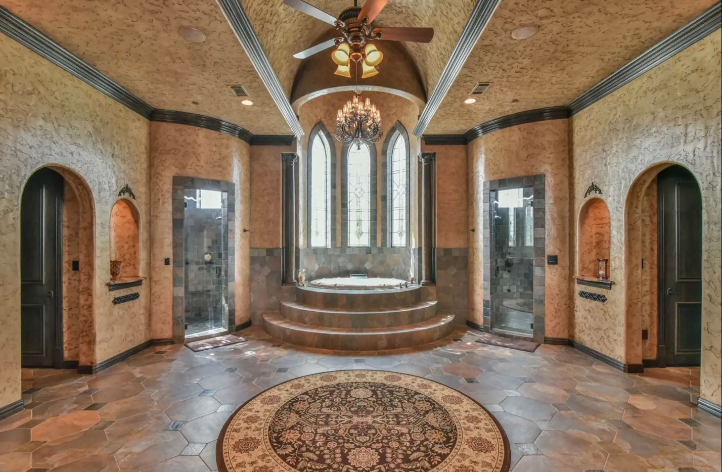 The bathroom of the Southlake estate.