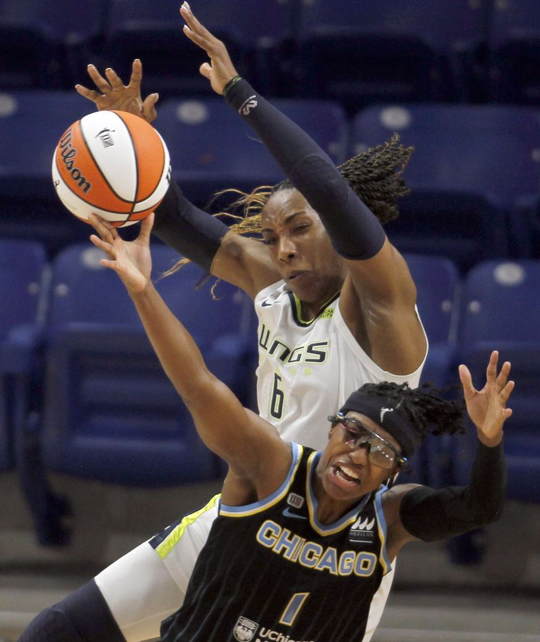 Dallas Wings forward Kayla Thornton (6) battles Chicago Sky guard Diamond DeShields (1) for a rebound during first half action. The two WNBA teams played their game at College Park Center in Arlington on July 2, 2021. (Steve Hamm/ Special Contributor)