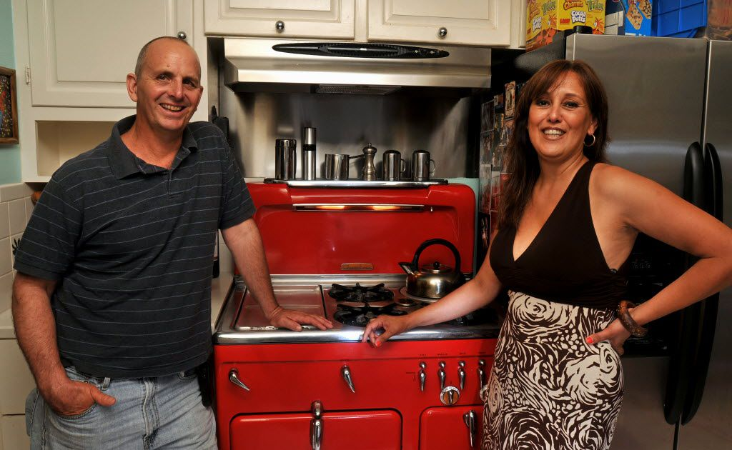 Vintage 1950s Era Stoves Household Appliances Stand Test Of Time At These Dallas Homes