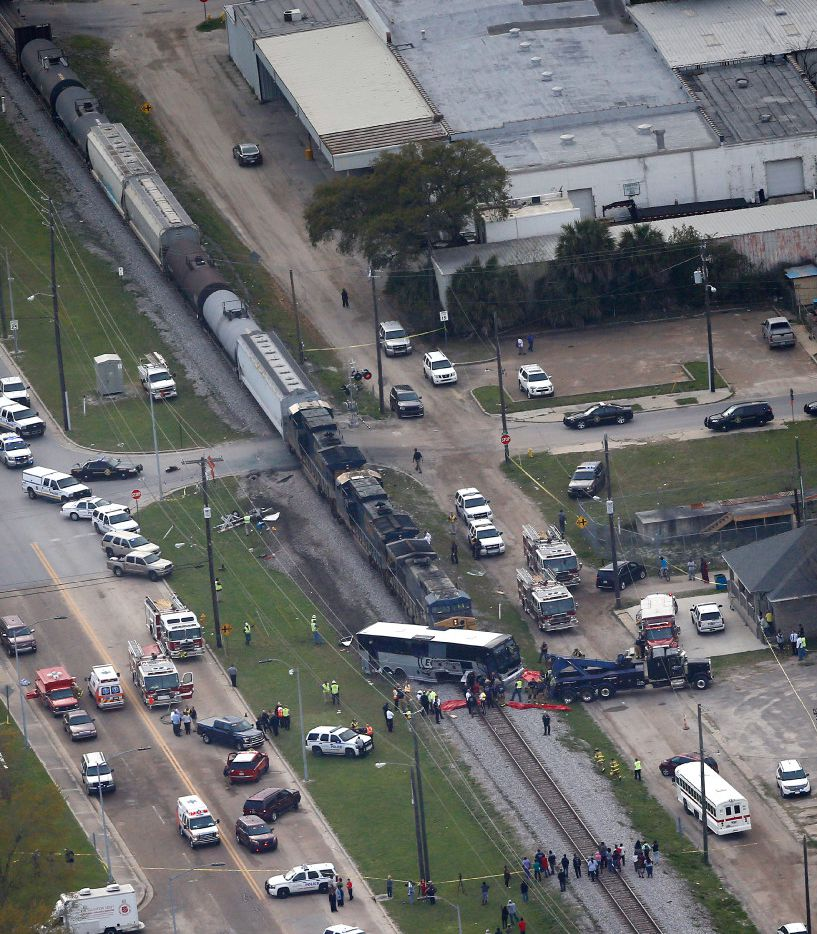 At Least 3 Dead After Train Crashes Into Charter Bus Of Austin