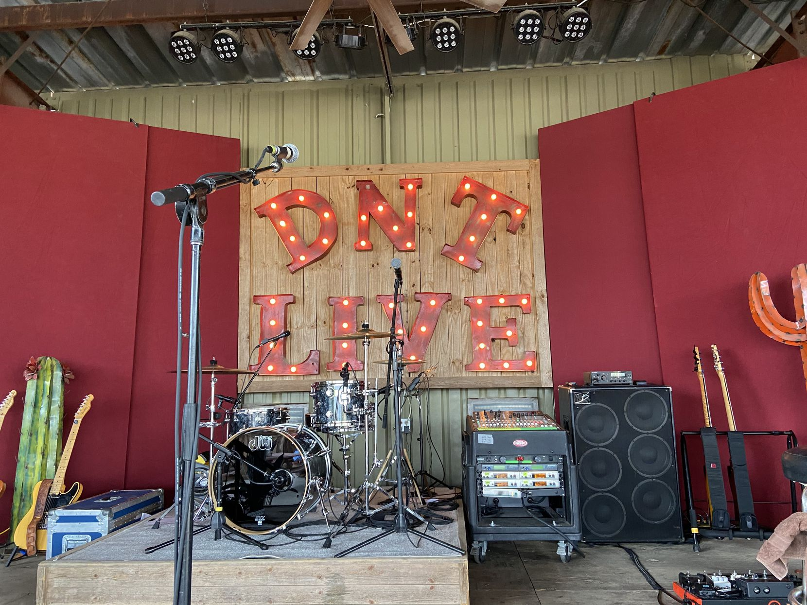 The outdoor stage at Del Norte Tacos in Godley