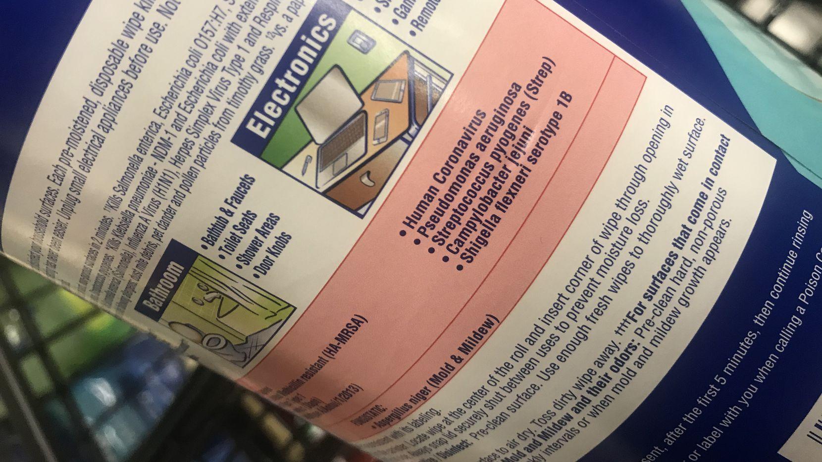 La etiqueta con instrucciones de un producto desinfectante.
