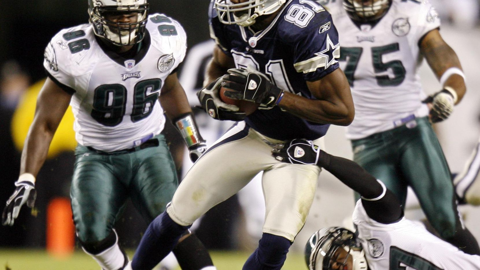 Terrell Owens, Nov. 4, 2007: Owens, shunned by Philadelphia when with the Eagles, took it out on them as a Cowboy. Owens had 10 catches for 174 yards in a 38-17 rout at Lincoln Financial Field. Owens also scored a 45-yard touchdown and enjoyed the crowd reaction to his success.